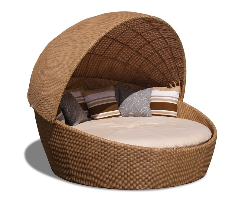 Oyster Rattan Daybed with Canopy contemporary synthetic  : oyster wicker rattan daybed with canopy from www.corido.co.uk size 800 x 655 jpeg 104kB