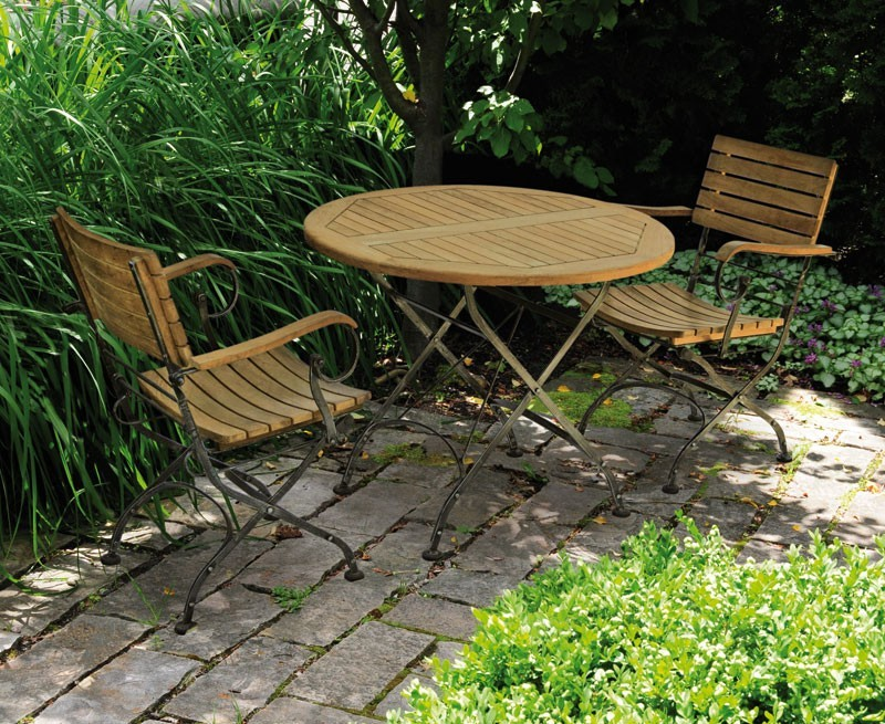 garden bistro table and 2 arm chairs outdoor patio bistro dining set. Black Bedroom Furniture Sets. Home Design Ideas