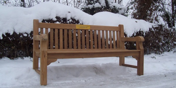 Caring for your teak furniture during the winter